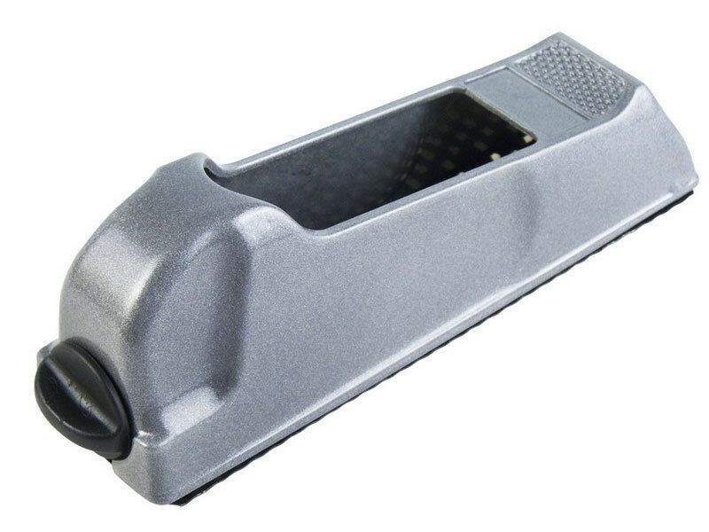 Hoblík kovový, 140x40mm, použití: sádrokarton, dřevo, plast apod.