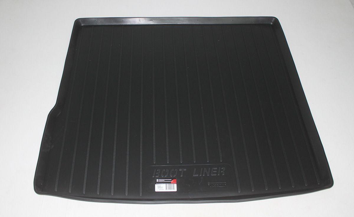 Vana do kufru gumová Nissan Terrano II Facelift 2WD (14-)