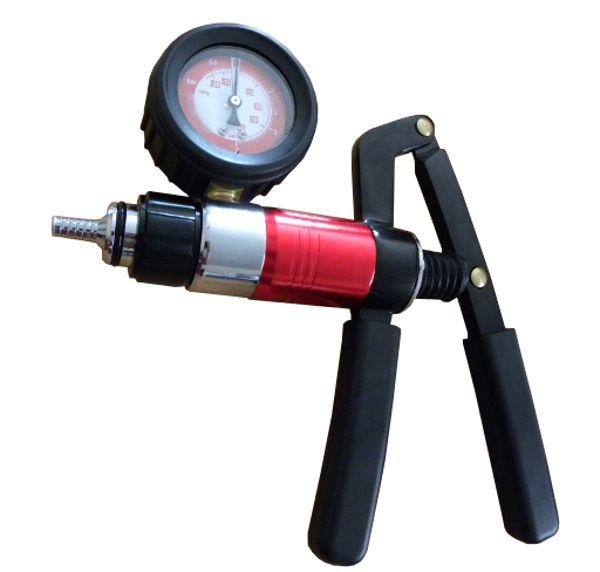 Podtlaková pumpa pro odvzdušnění brzd, GEKO
