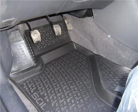 Gumové koberce Škoda Superb III (dlouhé přední koberce) (15-) (3D)